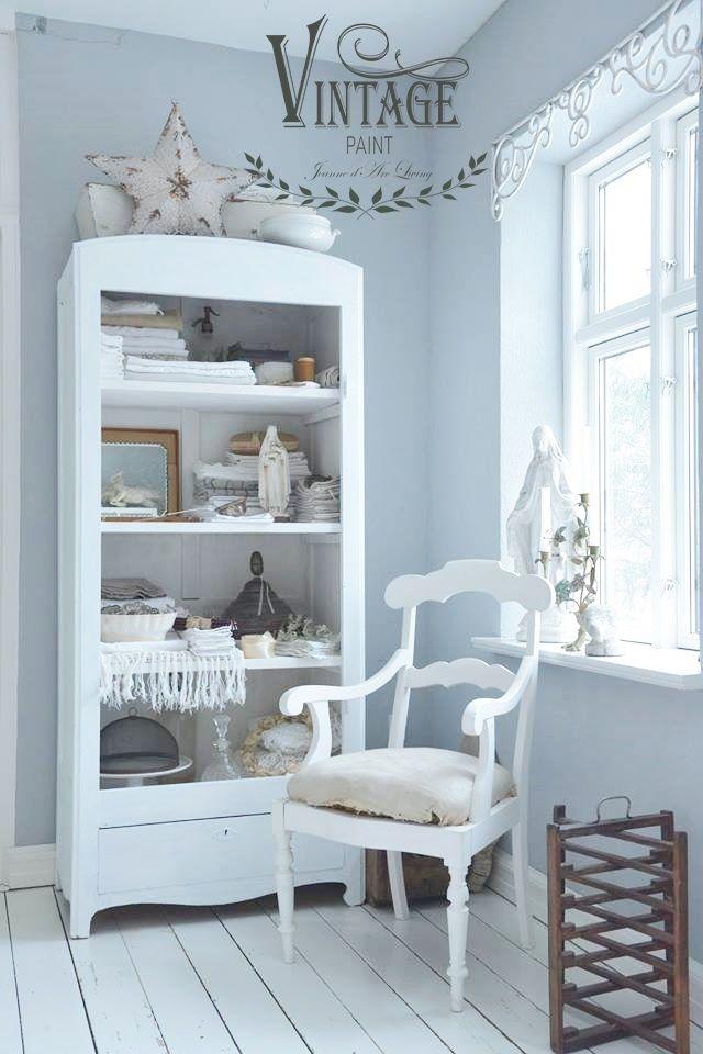 natural-white-libreria - ricolora la tua casa con la chalk paint Vintage Paint  - www.vintagepaint.it