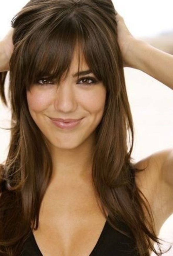 Pin By Jen Cavalieri On Hair And Makeup Long Hair With Bangs Haircuts For Long Hair Haircut For Big Forehead