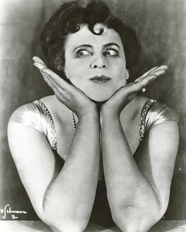 """Every Scorpio is a comedian. Marie Dressler, the first Scorpio female to win a Oscar, won for her role in 1930 """"Min and Bill"""". Born on November 9   #Oscars"""