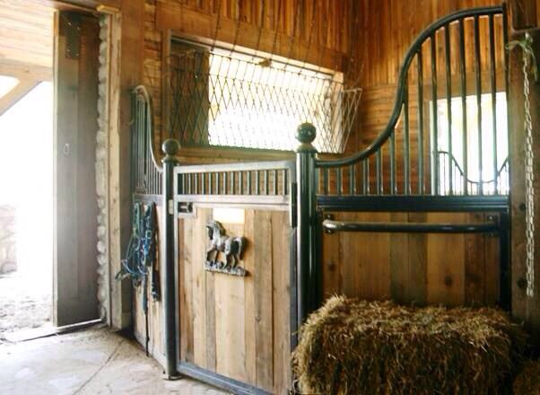 Horse Barn Old English Style Stalls Barn Ideas