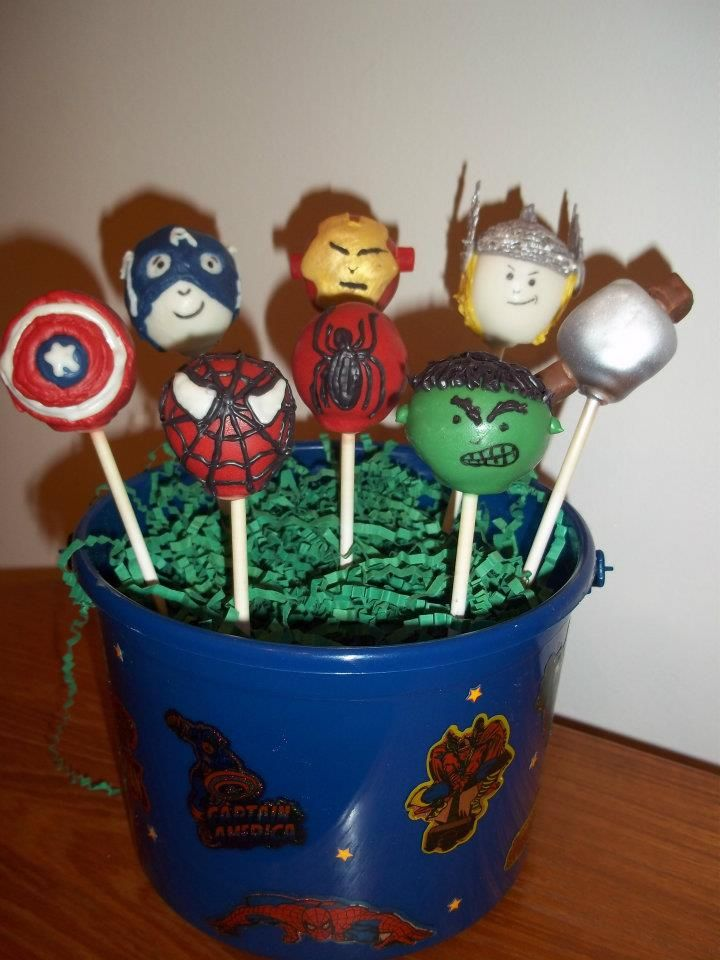 17 Best Images About Superhero Cake Pops On Pinterest