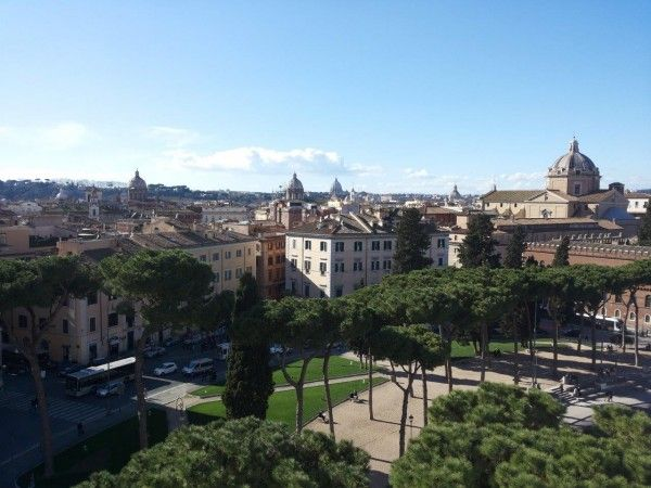 Beautiful view of Rome, Italy. The image is part of the article '24 hours in Rome: what to do if you are only in Rome for a short city break?'