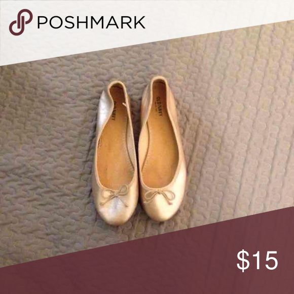 Gold Old Navy Flats Super Cute Gold Old Navy Flats. Old Navy Shoes Flats & Loafers