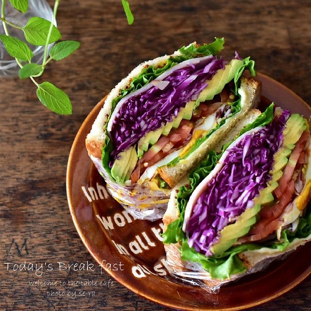 わんぱくサンドの萌え断面!美味しそう!Wahpack Sandwich...beautiful half cut!