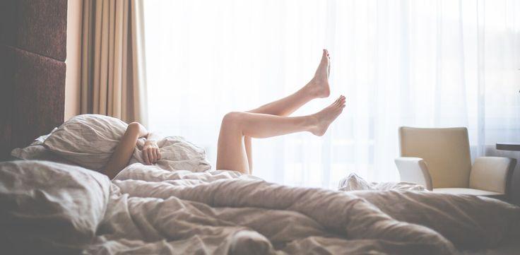 Genug vom morgendlichen aus dem Bett quälen? Wärst du gerne gleich hellwach, wenn dein Wecker klingelt? Lies jetzt, wie dir das ohne Mühe gelingt:} https://bequemling.de/schlafphasen/