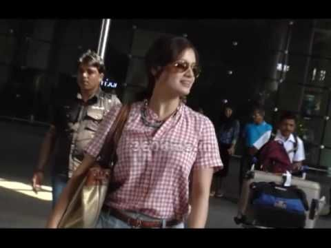 Juhi Chawla, Dia Mirza And Swapnil Joshi SPOTTED At Airport - Watch Video