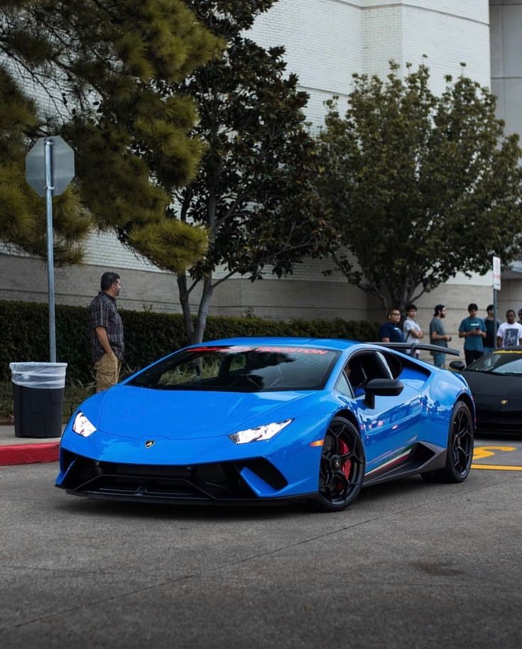 lamborghini huracan performante painted in blu nova photo