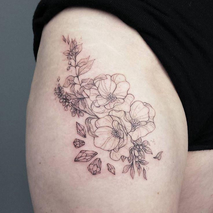 Wildflowers and crystals for Deborah. Thanks!  #tattoo #wildflowers #wildflowertattoo #flowertattoo #crystaltattoo #tattoosketch #fraukekatze #fraukekatzetattoo #tattoohamburg #vegantattoo #veganink #blacktattooart #blackworkers #iblackwork #blackndark #blxckink #onlyblackart #finelinetattoo #linetattoo #linework #linesanddots #dotart #dotwork #dotworktattoo #dotstyle #symmetry #geometry #pointillism #stippling #minimalism
