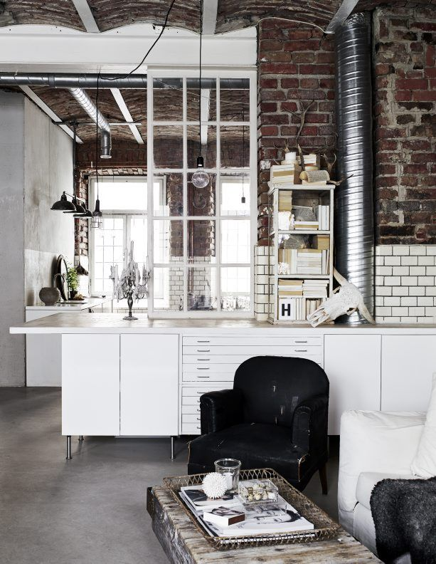 This is the beautiful office space from Sara N Bergman, the creative behind Love Warriors. I like...