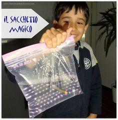 Esperimenti scientifici con i bambini: il sacchetto magico