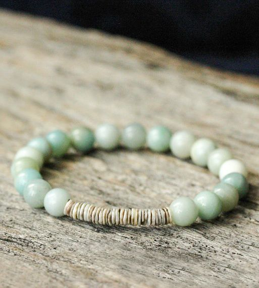 Blue Shell Stacking Bracelet / Amazonite Grey Shell Beaded Bracelet / Dreamy Sea Blue Calm Earth Tones Bohemian Beach Cream Gray Bracelet