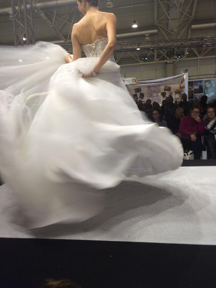 Gli abiti da sposa di COPPOLA sono voluminosi e leggeri come nuvole!