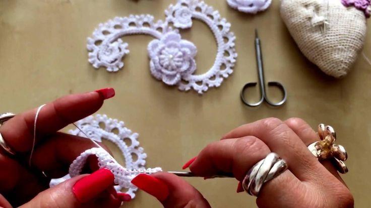 Cordón rumano decorado a crochet