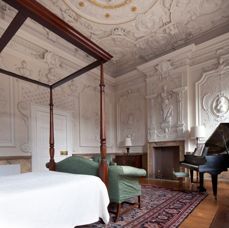 the exceptional music room let for holiday rental by the landmark trust exquisitely restored. Black Bedroom Furniture Sets. Home Design Ideas