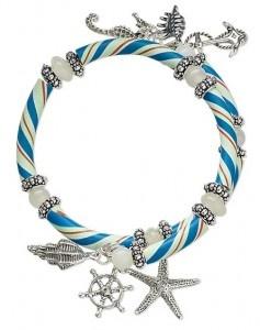 seahorse, seashells, starfish. <3 love it!