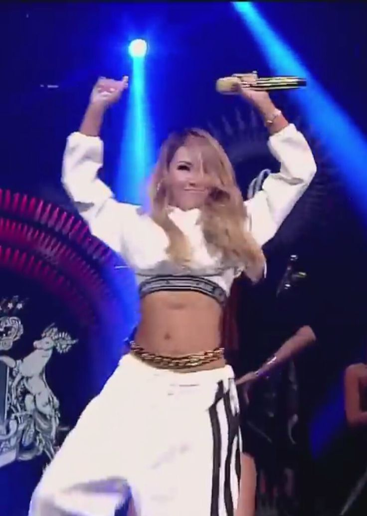 CL...hot dance move...screenehot