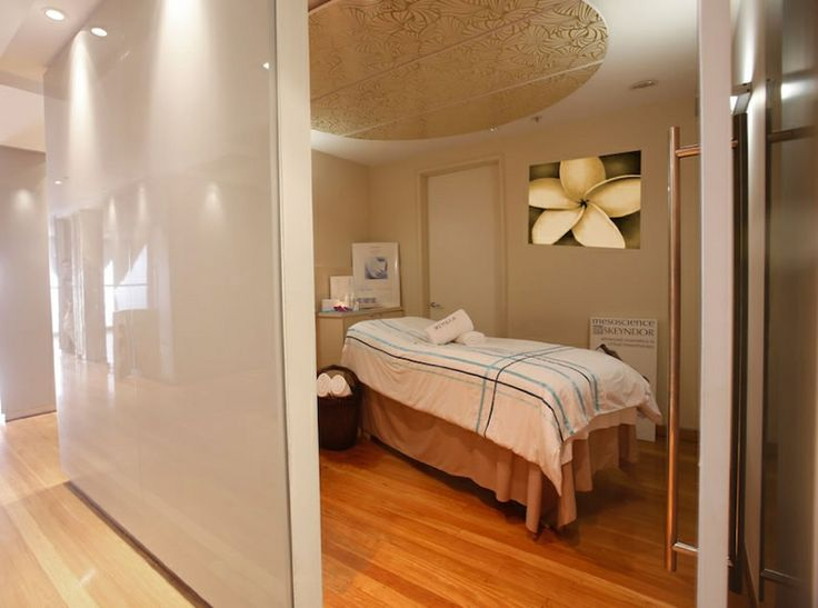 SK Skin Clinic and Day Spa can reveal your eternal beauty through traditional spa therapeutics and medical grade aesthetic enhancements. Find out more today.  http://www.skskinclinicdayspa.com.au/