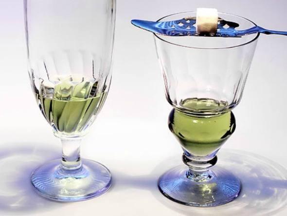 Absinto: a bebida suiça já chegou a ser comercializada com teor alcoólico de mais de 70%.