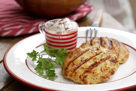 Μπιφτέκια κοτόπουλου με μπέικον, παρμεζάνα και μοσχοκάρυδο - Συνταγές   γαστρονόμος