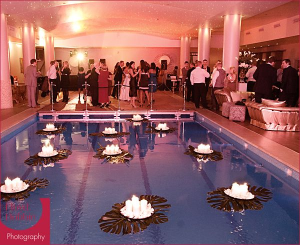 swimming pool wedding decorations candle tray on a big