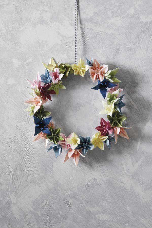 Blütenkranz aus Origami