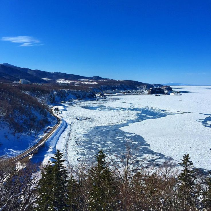 "Shiretoko Peninsula juts out into the Sea of Okhotsk, and is an area that still has plenty of virgin nature. It was registered as Japan's 3rd and Hokkaido's first Natural World Heritage Site in 2005. Here are some representative spots that are called ""Shiretoko's 8 picturesque sights."""