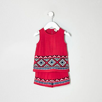 Mini girls red embroidered shell top outfit €25.00