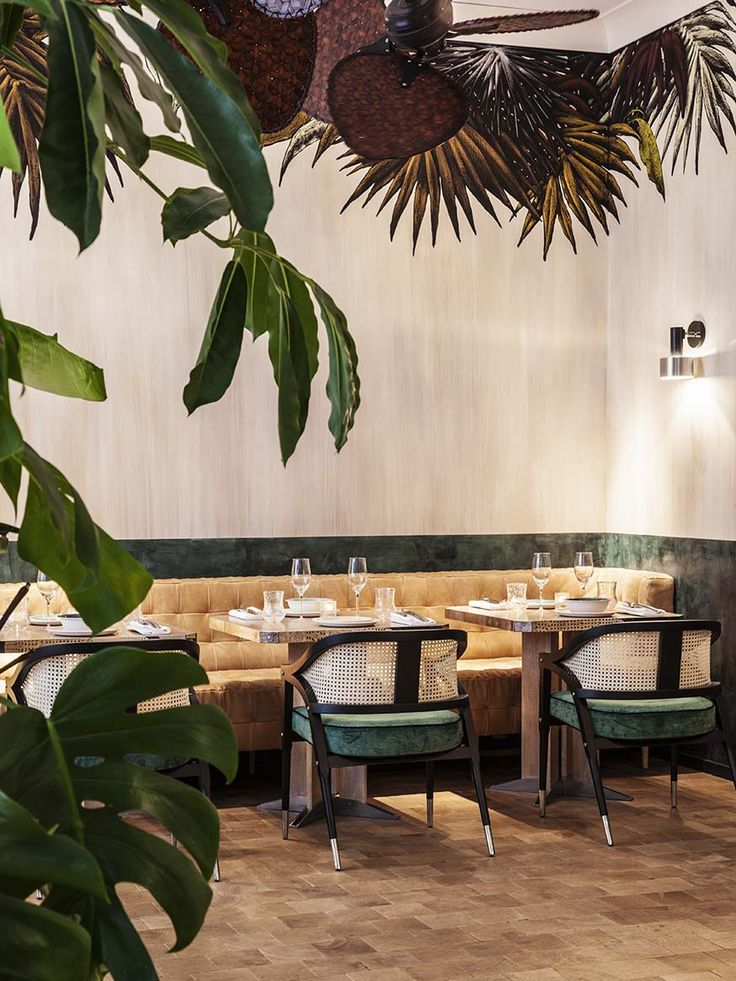 17 best ideas about cafe interiors on pinterest cafe for Hotel design 75003