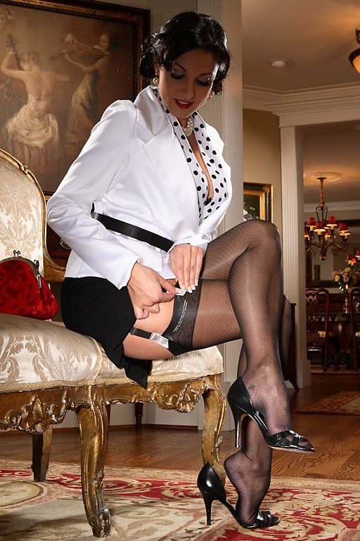 Reinforced Heel and Toe Nylon Stockings - Vintage Diamond ...