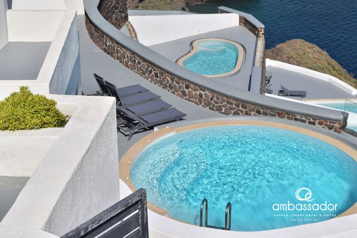 A private swimming pool offering front row seats to the majestic sunset of Santorini and the marvelous Aegean blue. What do you think?