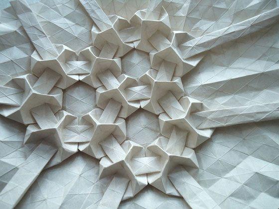 patternprints journal it: PATTERNS GEOMETRICI NELLE SCULTURE DI CARTA DI ANDREA RUSSO