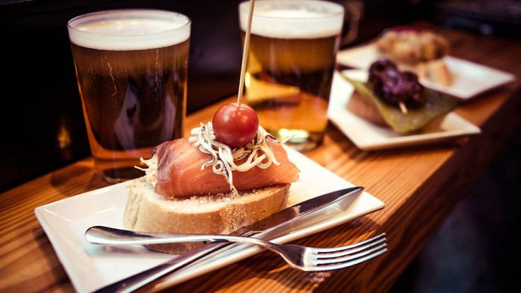 Discover some of the most generous bars in Madrid – where they give you free tapas when you order drinks.