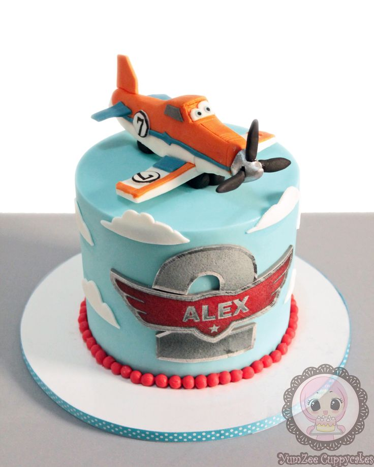 Planes Dusty crophopper cake