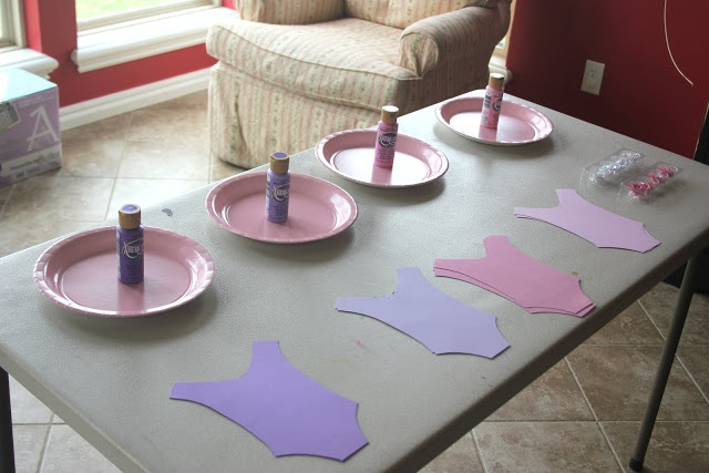 Angelina Ballerina party ideas - ballerina craft