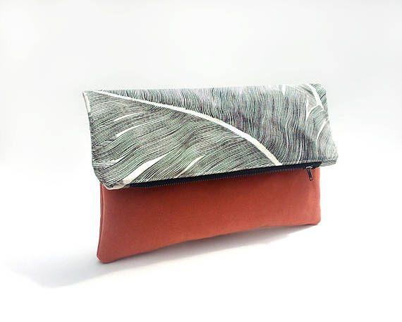 Fold over clutch bag, Black palm leaf bag, Summer handbag, Foldover clutch bag, Tropical print bag, Evening bag, Faux leather bag, Pochette