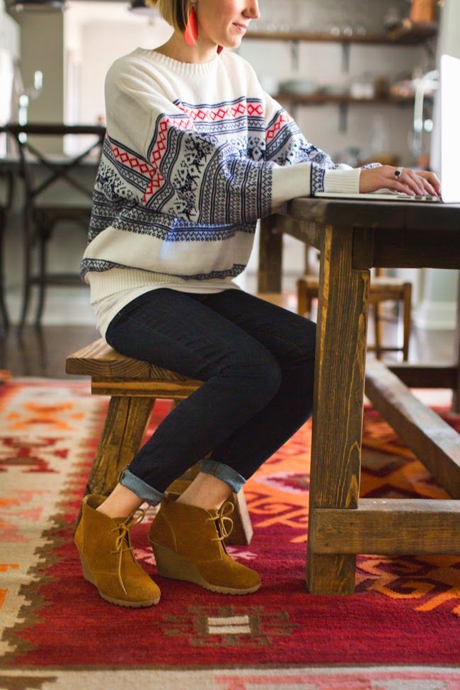 Vintage holiday sweater, dark denim and ankle boots