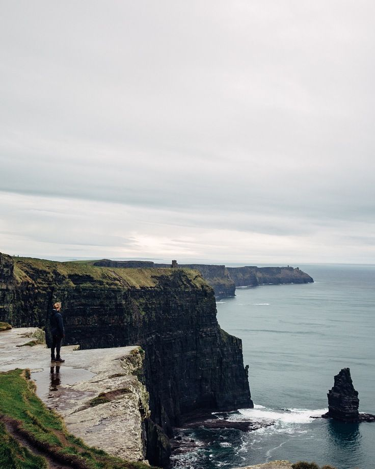 The cliffs of Moher, what a sight. #travel #Ireland