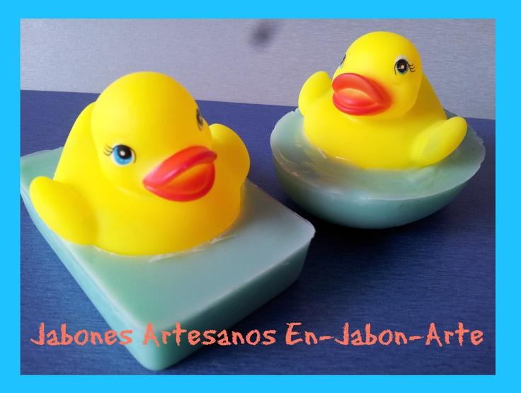 Pastillas de jab n con patitos ideales para el ba o de los m s peques en jabon arte - Patitos de goma para el bano ...