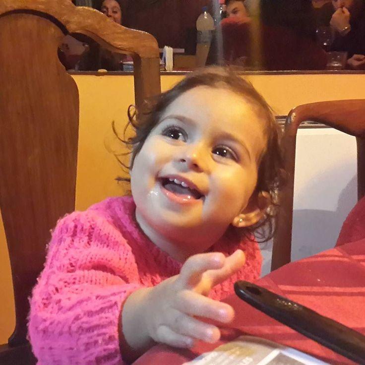 Ey ustedes!!! Feliz dia de la Patria!! #ahijada #goddaughter #love #amor #argentina @sebaszoe @vane_much