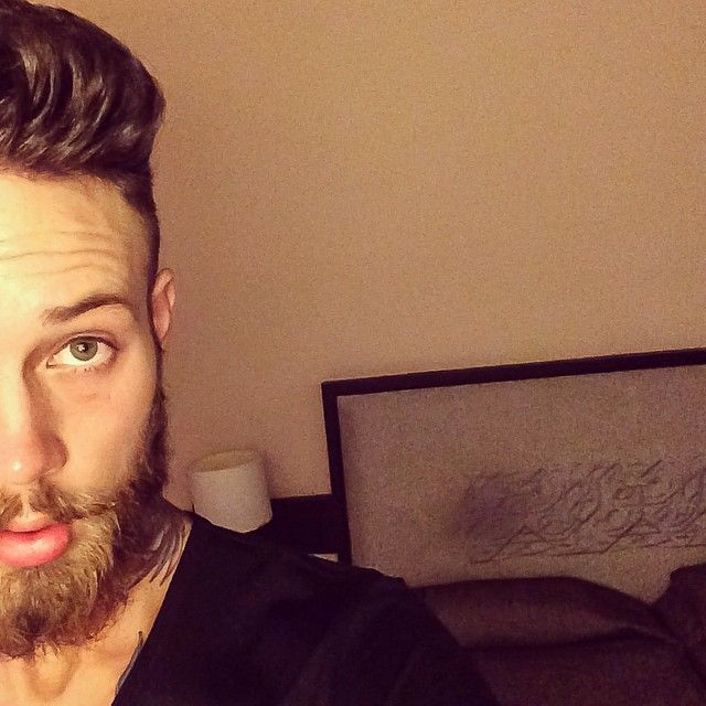 93 best billy huxley damn images on pinterest billy huxley beards and beard tattoo. Black Bedroom Furniture Sets. Home Design Ideas