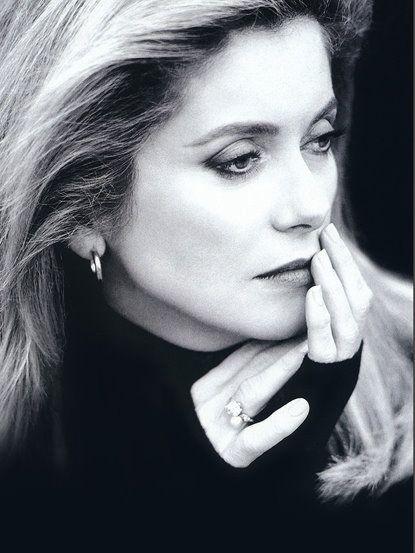 Catherine Deneuve, la diva que Luis Buñuel creó ante la negativa de Silvia Pinal para dejar tras de sí hija, esposo y carrera y seguirlo a Europa