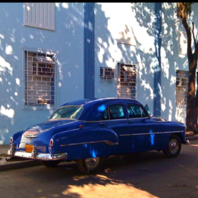 Blue Car, Holguin, Cuba
