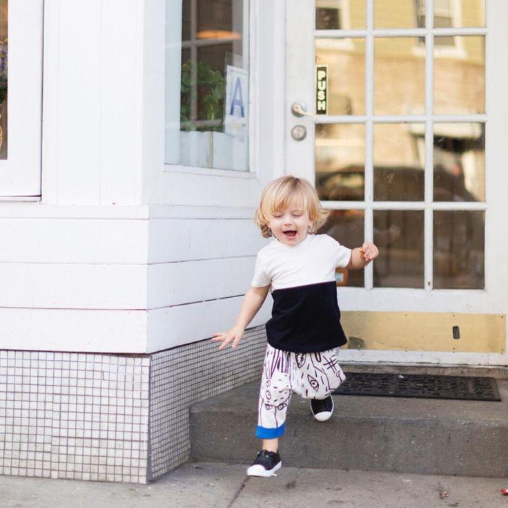 Dreamingofleonardo's little boy wearing Skechers