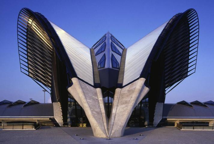 Future architecture airport par Santiago-Calatrava