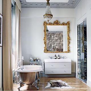 Old + new = stylin!  @ashleytstark #bathroom #interiorinspo #interiordesign #decorating