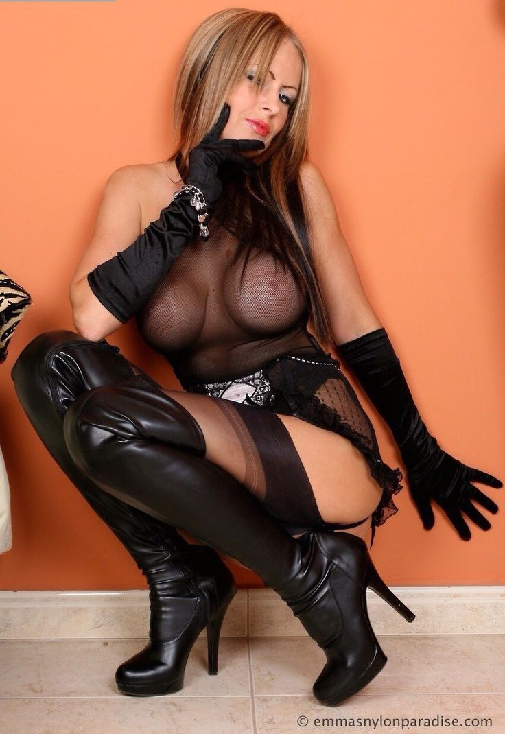 Great oral stockings and boots porn bush, nice