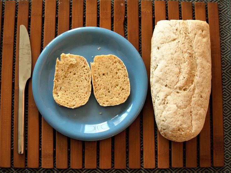 Für das Ciabatta habe ich Reismehl, Maismehl, Kartoffelmehl und Maisstärke gemischt. Als Bindemittel habe ich Johannisbrotkernmehl genutzt.