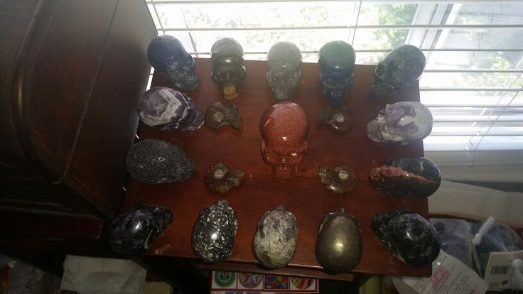 realistic crystal skulls for sale.