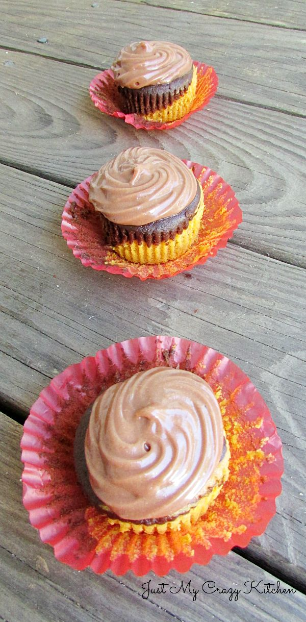 Pumpkin Mocha Swirl Cupcakes with Nutella Cream Cheese Frosting | Just ...