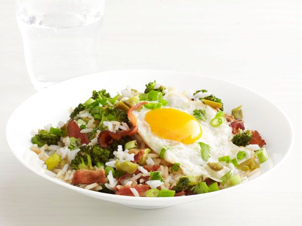 Get this all-star, easy-to-follow Bacon and Broccoli Rice Bowl recipe from Food Network Magazine.